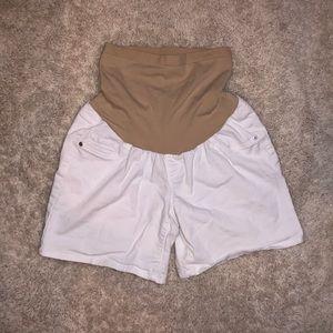 5/$20 Oh Baby size large white maternity shorts